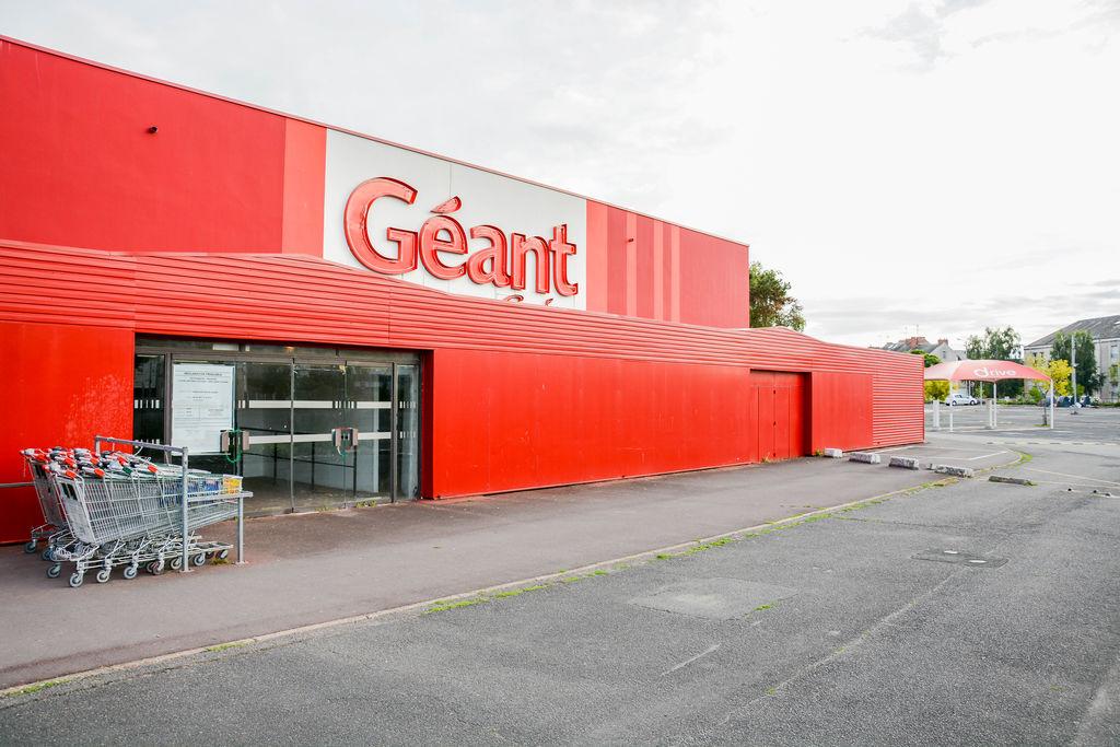 Geant Casino Drive
